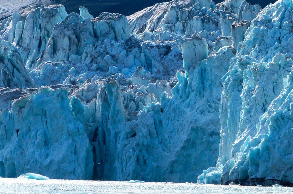 Icebergs, le monde de la glace au Svalbard
