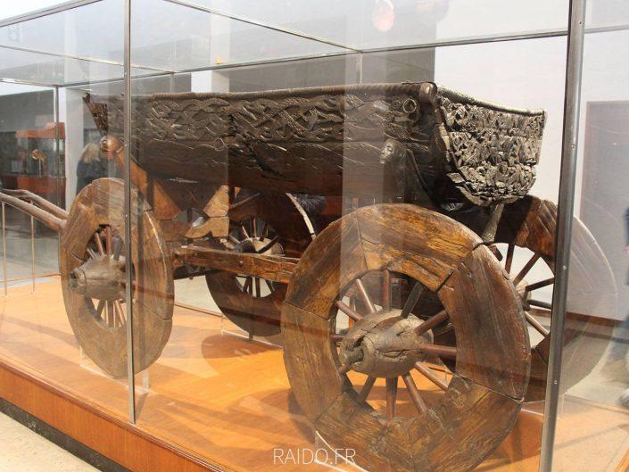 Chariot viking