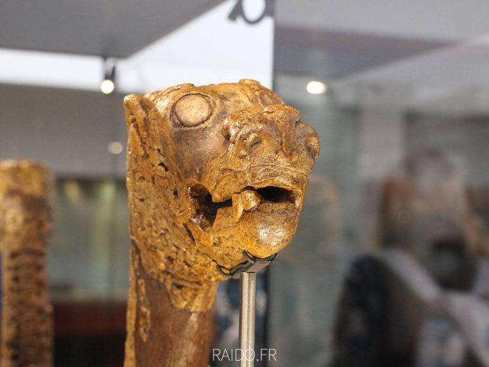 Tête de dragon viking